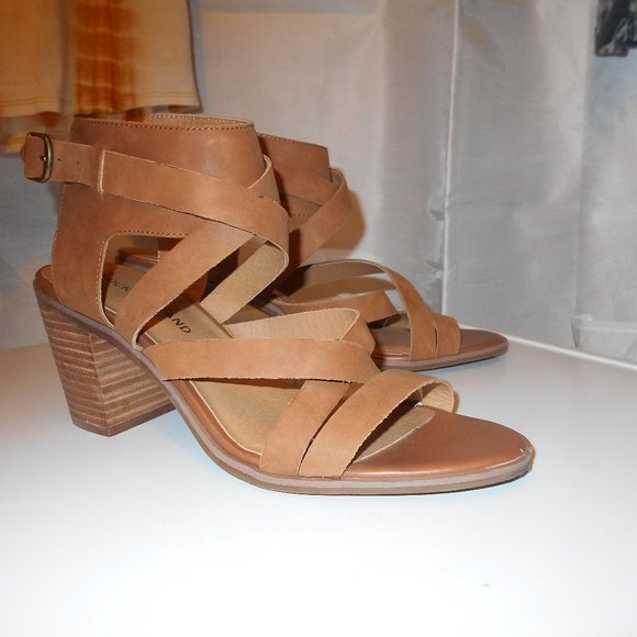 Lucky Brand Shoes   Strappy 3 Heel